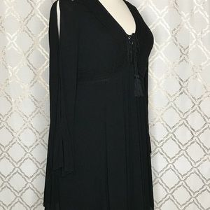 Torrid size 1 XL black tunic top cut out sleeves